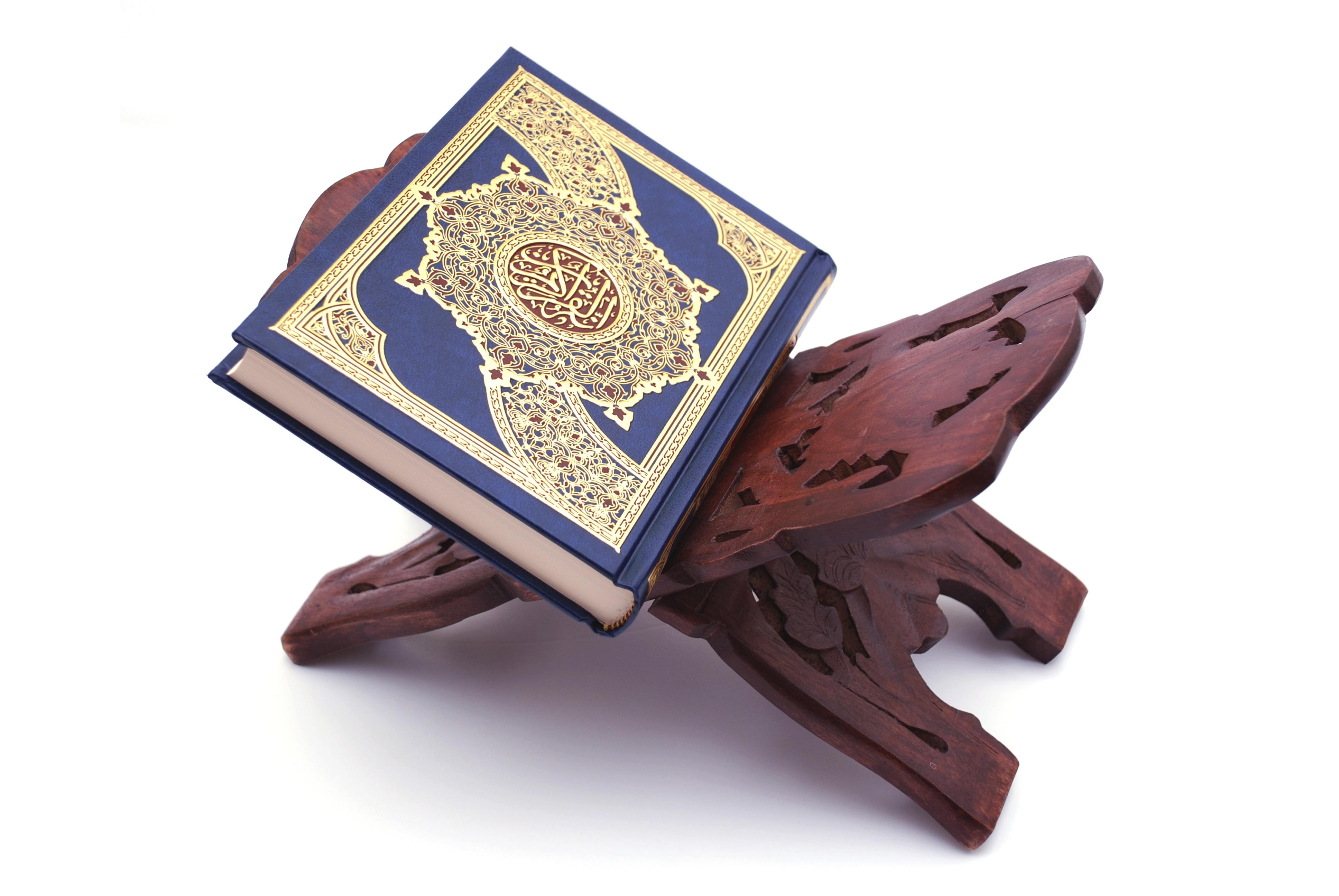 تصویر آیا قرآن کلام خداست ؟ نقد دیدگاه ابوزید، سروش و شبستری در مورد وحی