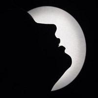 Photo of ماه رخت به نیمه رسید و …