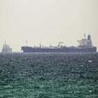 تصویر عربستان صدور فرآورده های نفتی به مصر را متوقف کرد