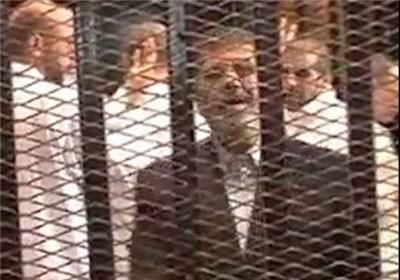 تصویر یکشنبه روز دادگاهی مرسی وهمراهانش