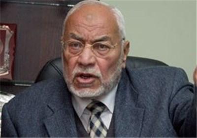 تصویر محاکمه رهبر اخوان المسلمین