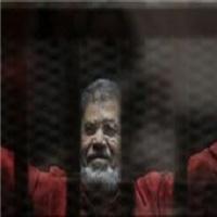 تصویر محاکمه مجدد مرسی به اتهام اهانت به دستگاه قضایی