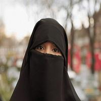 تصویر ایالت زاکسن آلمان حجاب کامل چهره در اماکن عمومی را ممنوع میکند