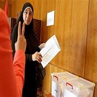 تصویر وقتی شرکت در انتخابات واجبتر از نماز می شود!