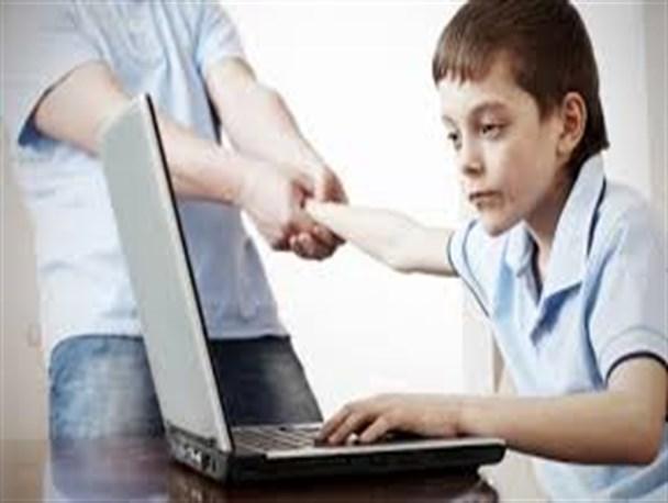 جوان و اینترنت