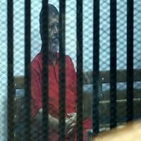 Photo of خانواده مرسی از پنجمین سال حضورش در سلول انفرادی خبر دادند