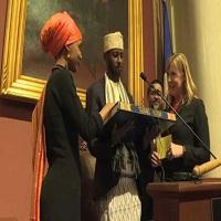 تصویر سوگند به قرآن نخستین زن مسلمان در کنگره آمریکا
