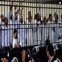 تصویر یکی از رهبران اخوان المسلمین مصر در زندان درگذشت