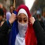تصویر کنفرانس «جایگاه زن در اسلام» در پاریس