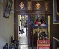 پکن مغازه داران مسلمان را به فروش الکل مجبور کرد