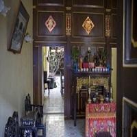 تصویر پکن مغازه داران مسلمان را به فروش الکل مجبور کرد