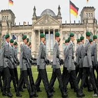 تصویر انتصاب اولین روحانی مسلمان در ارتش آلمان