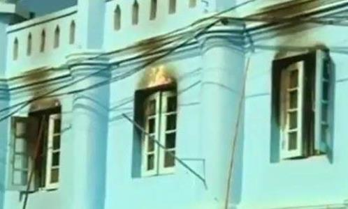 تصویر مسجدی در آراکان به پادگان نظامی نیروهای برمه ای تبدیل شد