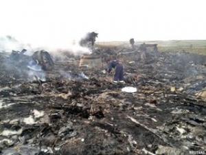 تصویر انهدام یک هواپیمای دیگرخطوط هوایی مالزی با۲۹۸سرنشین