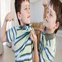 تصویر دلایل دعوا و کتک کاری در کودکان و برخورد مناسب با آن