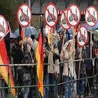 تصویر ساندی تایمز: حزب آلمانی به دنبال ممنوعیت اذان، برقع و برخی شعائر اسلامی در این کشور