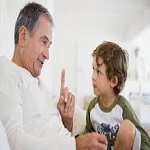 Photo of برخی از رفتارهایی که والدین باید در مورد فرزندان خود به آنها توجه ویژهای داشته باشند