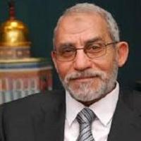 تصویر محاکمه مرشد عام اخوان المسلمین مصر به تعویق افتاد