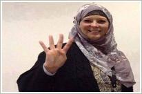 """تصویر حمایت خواهر زن """"تونی بلر"""" از مخالفان کودتا."""