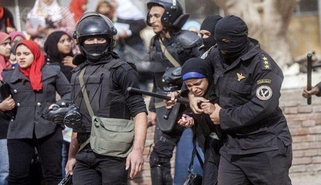 تصویر یورش به دانشجویان الازهر وبازداشت دانشجویان دختر