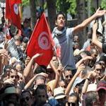 Photo of همسویی و جلب مشارکت گروه های سیاسی تونس رمز موفقیت حزب النهضه