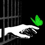 تصویر من زندانی هستم و مزدور بیگانگان، غرب، امریکا، اروپا، شرق، روسیه و چین نیستم